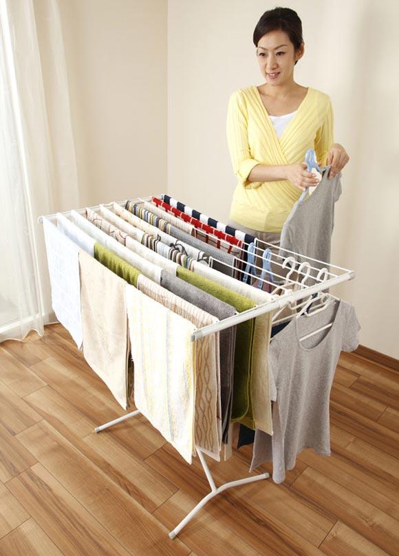 Giá phơi quần áo lớn CAPRI 100 Leifheit có khóa an toàn dành cho trẻ em