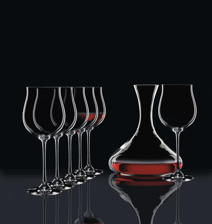 ly uống Bordeaux pha lê sang trọng, tiện lợi