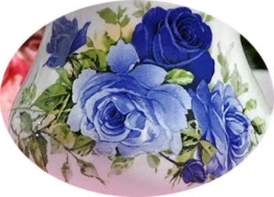 khay hình chữ nhật họa tiết hoa hồng xanh bằng thủy tinh cao cấp